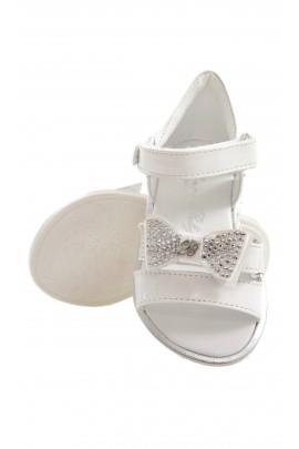 Białe sandały, Blumarine Baby