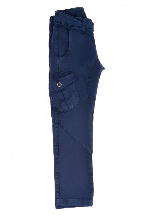 Granatowe spodnie chłopięce, Aston Martin