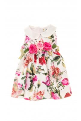 Robe d'été avec des roses colorées, Lesy