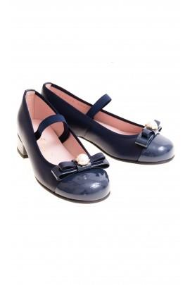 Granatowe pantofelki na obcasie, Pretty Ballerinas