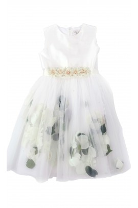 Biała sukienka komunijna, Lesy